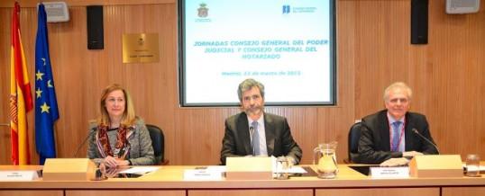 Justicia incrementará el papel del notario en el control de las cláusulas abusivas